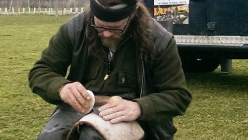flint knapping workshop axe8