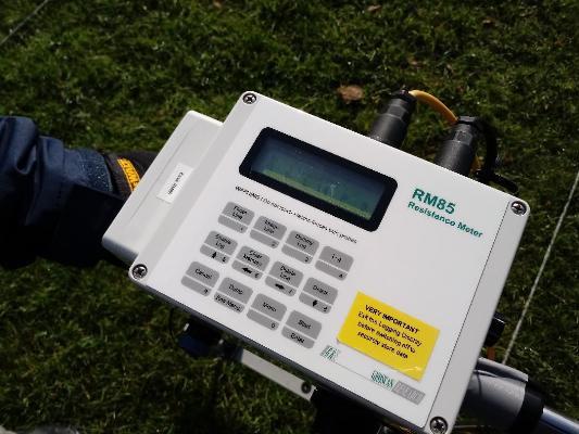 RM85 Resistance Meter