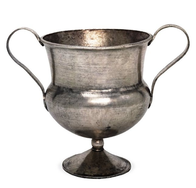 water newton treasure - chalice - handled cup